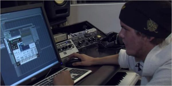Avicii - Dancing In My Head (Making Of)