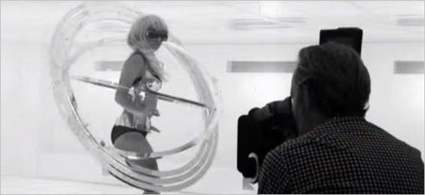 Lady Gaga - Bad Romance (Behind the Scenes)