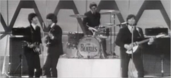 The Beatles - Help (Live)
