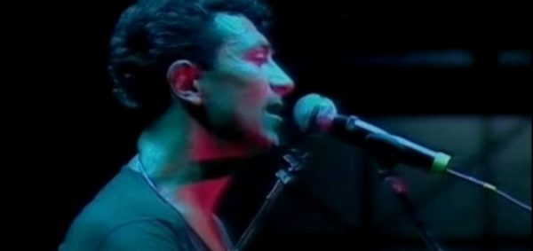Edoardo Bennato - L'isola che non c'è (Live)