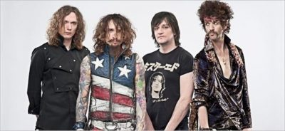 The Darkness: la band inglese dei fratelli Hawkins torna in Italia
