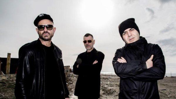 """Gli Almamegretta pubblicano il remaster di """"Sanacore"""" con due inediti"""