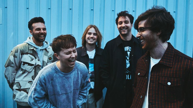 "I Nothing But Thieves pubblicano l'album ""Moral Panic"""