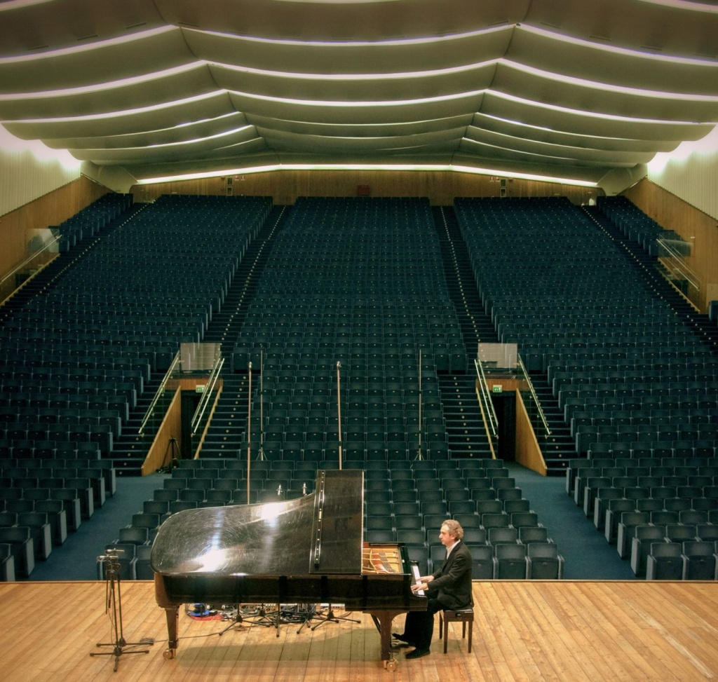 Roberto Cacciapaglia. Piano Concerto