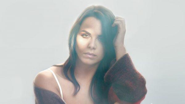 """Disponibile in digitale """"Jacuzzi"""", il nuovo singolo di Denise Faro"""