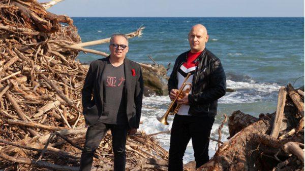 """Il duo jazz Marco Vezzoso e Alessandro Collina pubblica il video di """"Il mare d'inverno"""""""