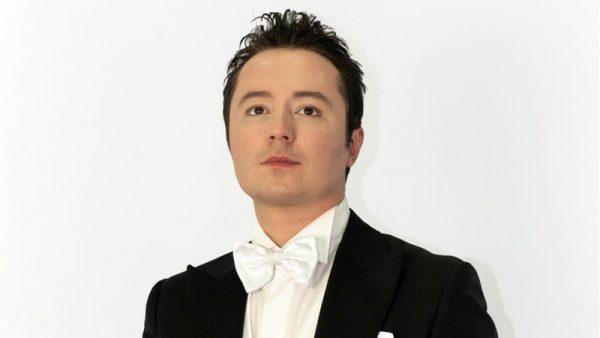 """Matteo Macchioni in live streaming per il """"Concerto di Natale"""""""