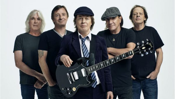 """""""Power Up"""", il nuovo album degli AC/DC è al #1 nelle classifiche di 18 Paesi"""