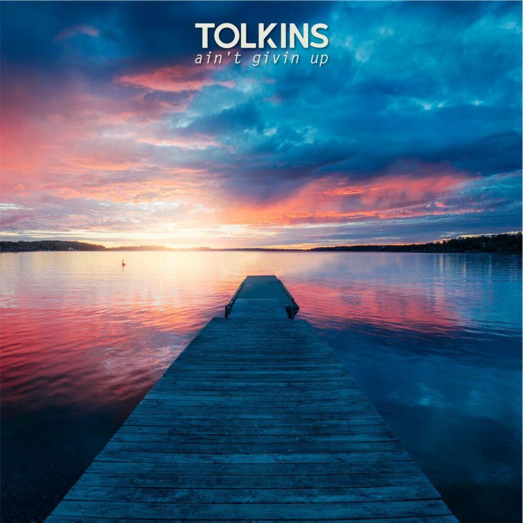 """Le """"good vibes"""" di Tolkins nel suo primo EP: """"Ain't givin up"""""""