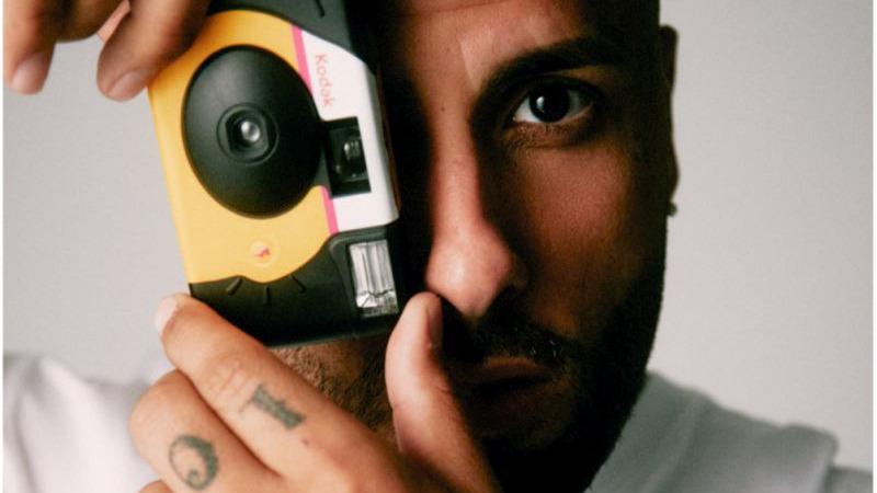 """Fan de tus fotos"": il nuovo singolo di Nicky Jam e Romeo Santos"