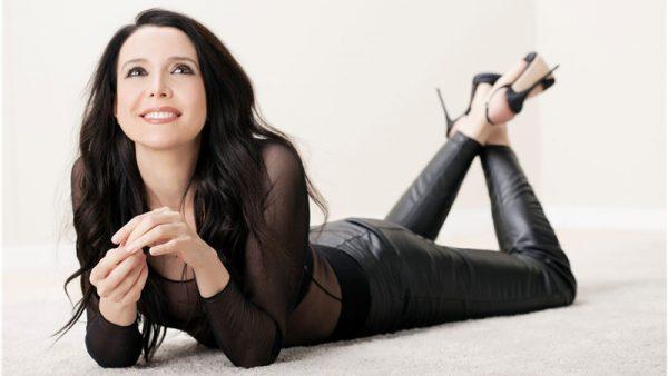 """Il nuovo singolo di Silvia Nair: """"Sono qui"""""""