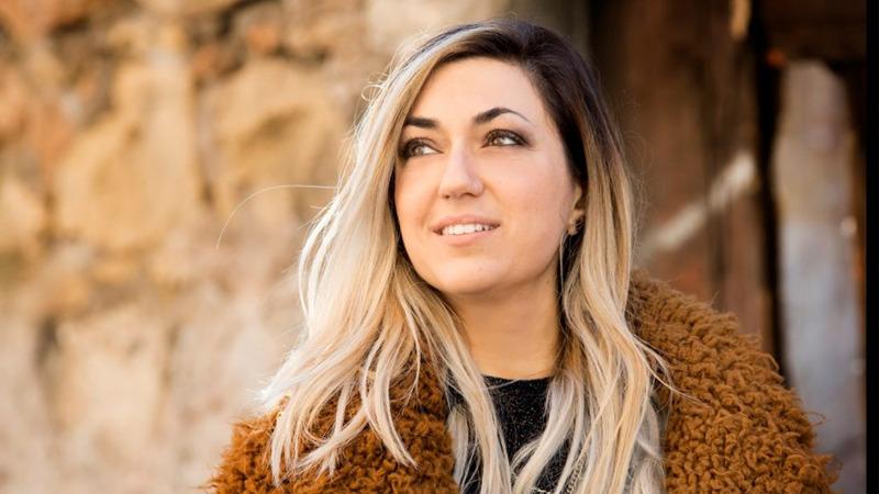 """Veronica Kirchmajer pubblica il nuovo brano """"Come tu mi vuoi"""""""