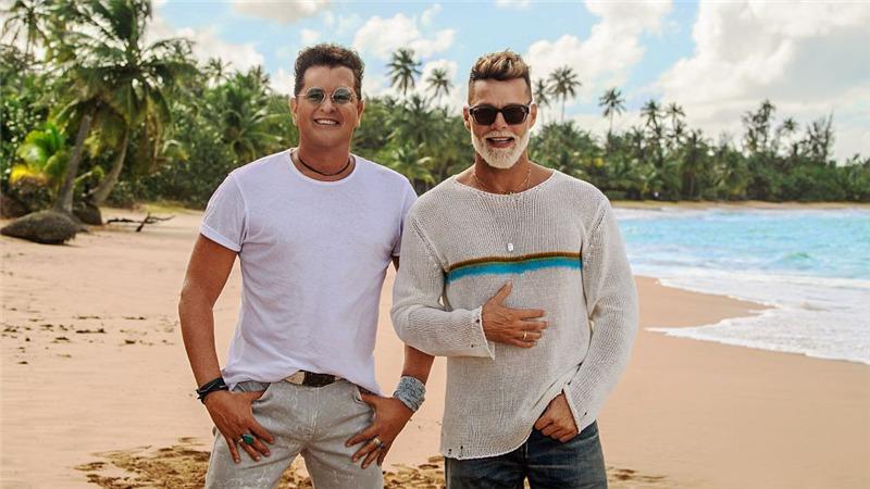 "Carlos Vives e Ricky Martin per la prima volta insieme nel nuovo singolo ""Canción bonita"""