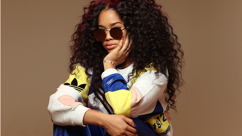 "H.E.R. insieme a Chris Brown nel nuovo singolo ""Come through"""