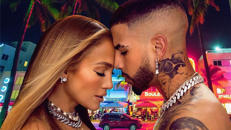 """Jennifer Lopez: è uscito il suo nuovo singolo """"Cambia el paso"""" feat. Rauw Alejandro"""